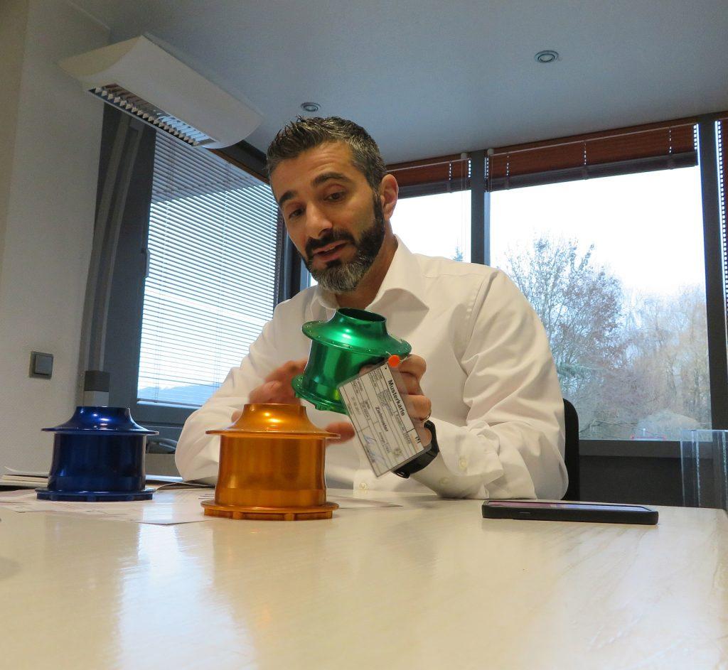 Baris Kara, Verkaufsmanager bei der Holzapfel Group, ist Berater für Oberflächenbeschichtung