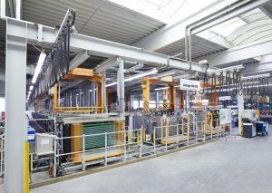 Moderne Anlage zur chemischen Vernickelung
